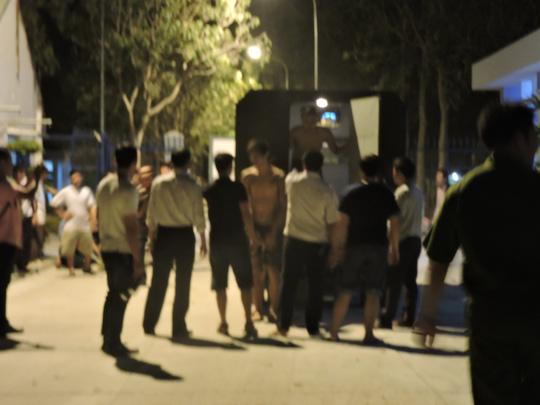 Hàng trăm học viên trốn khỏi trại cai nghiện - 3