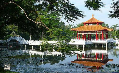 """Dễ dàng đến với 2 """"thiên đường"""" du lịch Kuala Lumpur và Đài Nam - 2"""