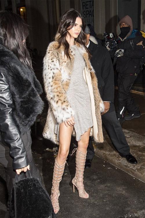 Bộ sưu tập giày dây buộc tuyệt đẹp của Kendall Jenner - 3