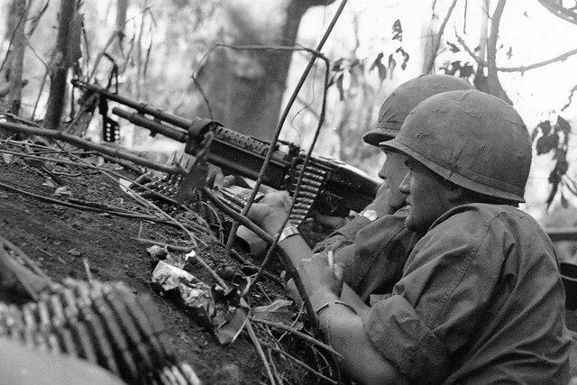 """Lính Mỹ dùng thuốc hóa """"siêu nhân"""" trong chiến tranh VN - 1"""