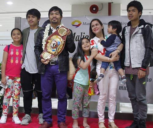 Pacquiao đắm đuối bên Hoa hậu Hoàn vũ ngày trở về - 3
