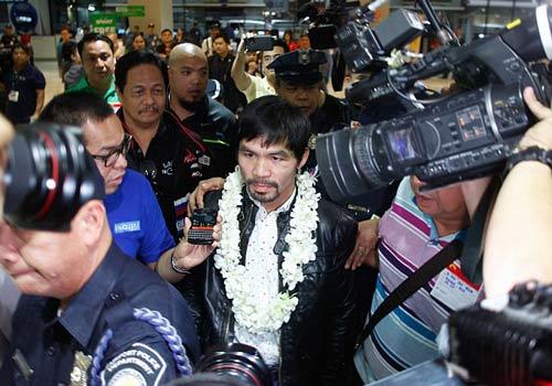 Pacquiao đắm đuối bên Hoa hậu Hoàn vũ ngày trở về - 4