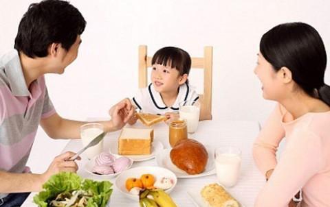 5 sai lầm khi ăn sáng nhiều người Việt thường mắc - 1
