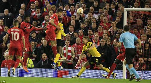 Góc chiến thuật Liverpool-Dortmund: Siêu bóng bổng - 2