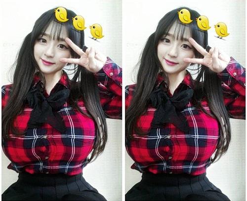 """Cô giáo Hàn Quốc nổi tiếng vì có vòng một """"ngộp thở"""" - 9"""