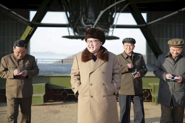 """HQ: Tên lửa đạn đạo tầm trung Triều Tiên bắn """"xịt"""" - 1"""
