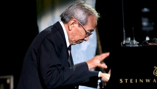 nhạc sĩ Nguyễn Ánh 9 - 2