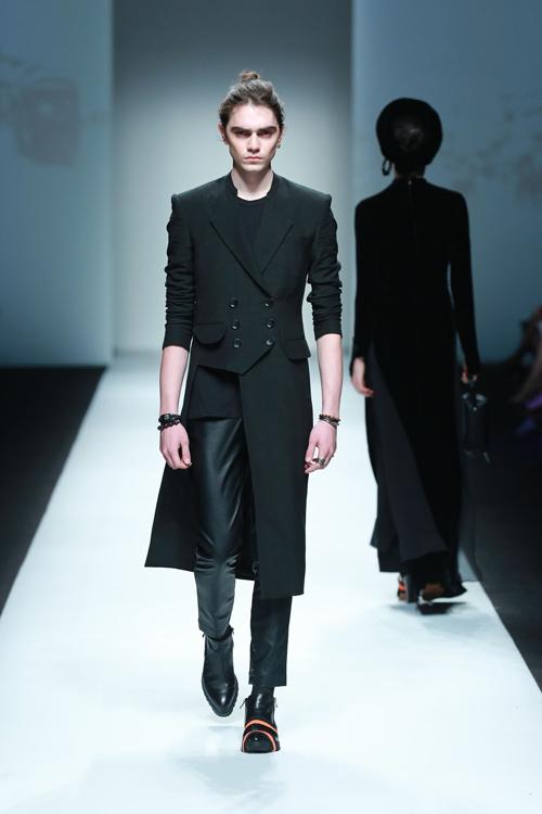 Xuân Lan làm vedette ở Tuần lễ thời trang Thượng Hải - 13