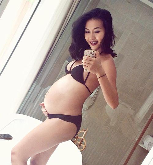 Mẹ bầu sexy Sài Gòn sẵn sàng trang điểm khi lên bàn đẻ - 3