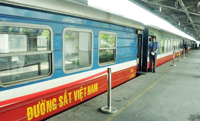Đi tàu nội đô, dân thoát nỗi ám ảnh kẹt xe ở Sài Gòn - 3
