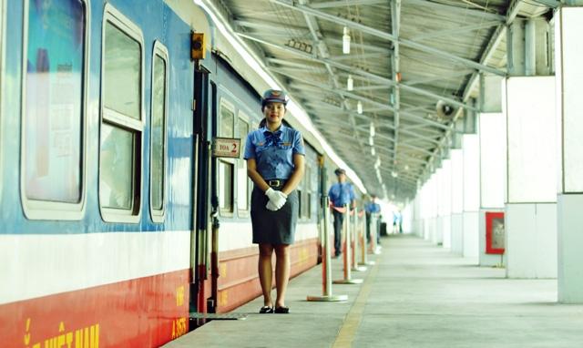 Đi tàu nội đô, dân thoát nỗi ám ảnh kẹt xe ở Sài Gòn - 15