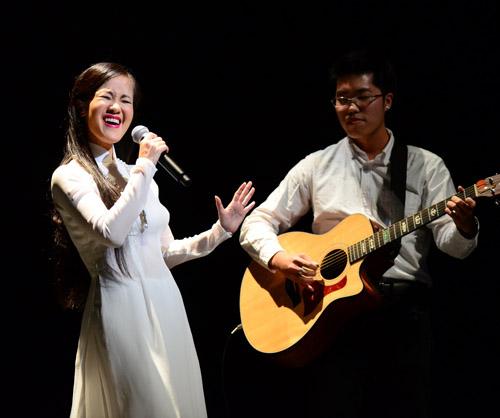 Hồng Nhung hát nhạc Trịnh bằng 2 tiếng Việt - Nhật - 2