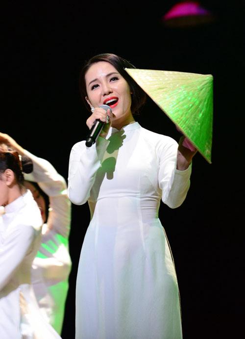 Hồng Nhung hát nhạc Trịnh bằng 2 tiếng Việt - Nhật - 6
