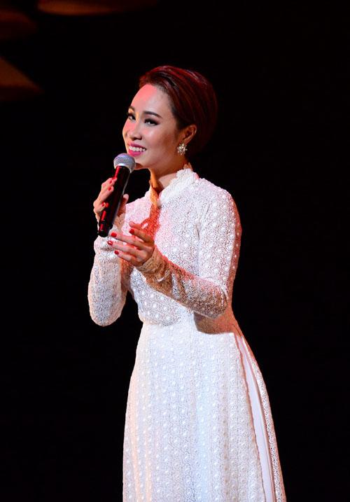 Hồng Nhung hát nhạc Trịnh bằng 2 tiếng Việt - Nhật - 3