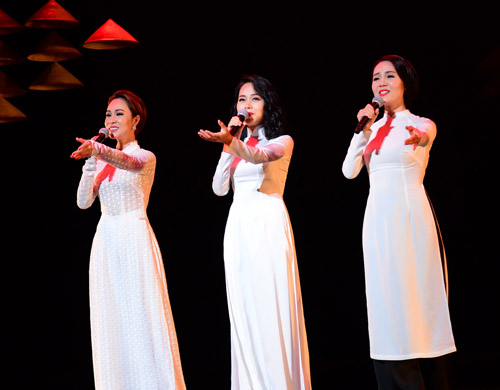 Hồng Nhung hát nhạc Trịnh bằng 2 tiếng Việt - Nhật - 5