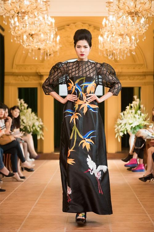 Những thiết kế xuyên thấu quyến rũ của nghệ nhân áo dài - 15
