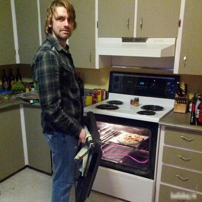 Chả mấy khi anh vào bếp, đã vào là phải để lại ấn tượng.