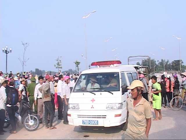 9 Học sinh chết đuối ở Quảng Ngãi - 2