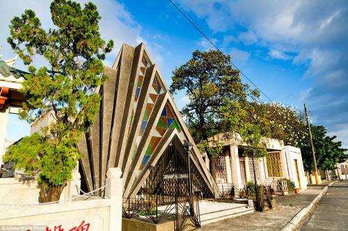Nghĩa địa siêu sang dành cho người giàu ở Philippines - 1
