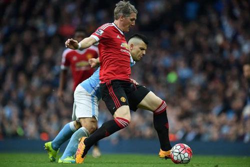 """Mourinho bị đồn tới MU: Van Gaal đã biết """"sợ"""" - 2"""