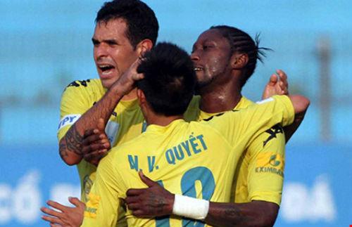 Toyota V-League 2016: Nhóm cuối dìm nhau - 1