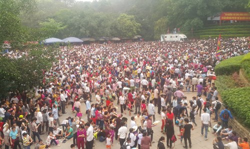 Tổng Bí thư cùng nhân dân dâng hương tưởng nhớ các Vua Hùng - 6