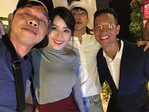 "Facebook sao 16.4: Angela Phương Trinh ""cai"" vũ trường - 3"