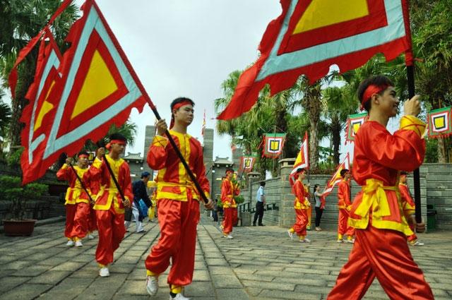 Hàng ngàn người con Sài Gòn tham dự Lễ Giỗ Quốc Tổ - 1