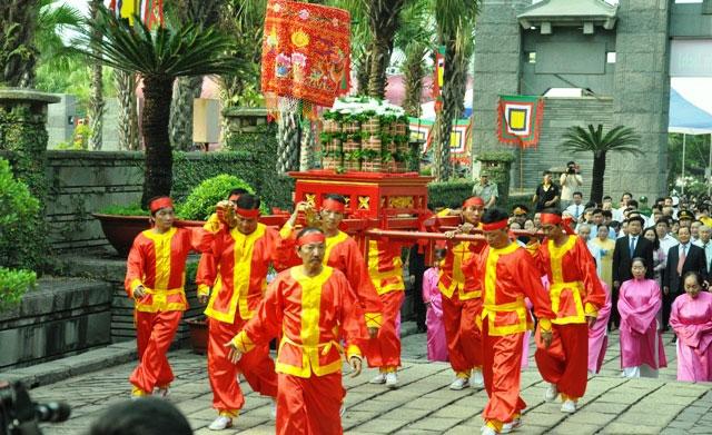 Hàng ngàn người con Sài Gòn tham dự Lễ Giỗ Quốc Tổ - 2