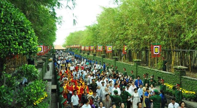 Hàng ngàn người con Sài Gòn tham dự Lễ Giỗ Quốc Tổ - 3