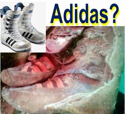 Xác ướp 1.500 tuổi mang giày... Adidas - 2