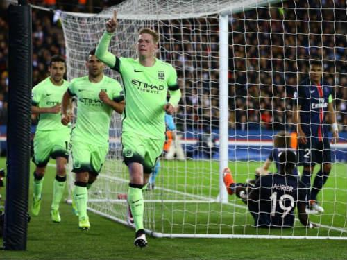 Tin HOT tối 16/4: Messi, Ronaldo bị thách tới Serie A - 1