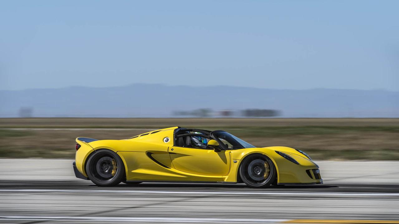 """Hennessey tung Venom GT Spyder """"siêu xe mui trần nhanh nhất thế giới"""" - 2"""