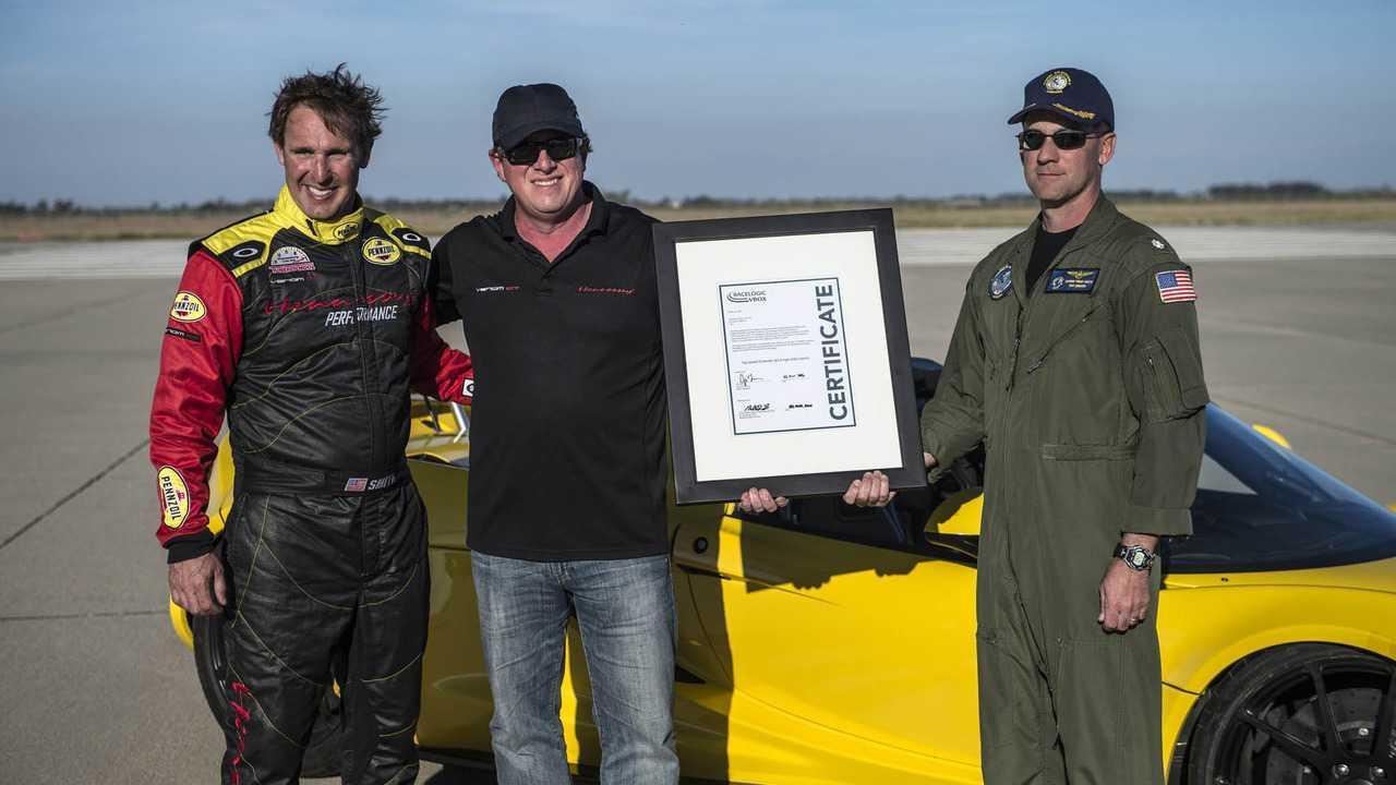 """Hennessey tung Venom GT Spyder """"siêu xe mui trần nhanh nhất thế giới"""" - 8"""