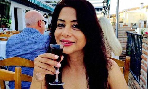 """Nữ tỷ phú Ấn Độ giết con vì sợ """"túi tiền"""" hao hụt - 1"""