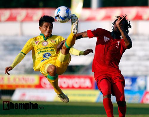 """Thắng 6 trận, Hải Phòng chưa """"mơ"""" vô địch V-League - 1"""