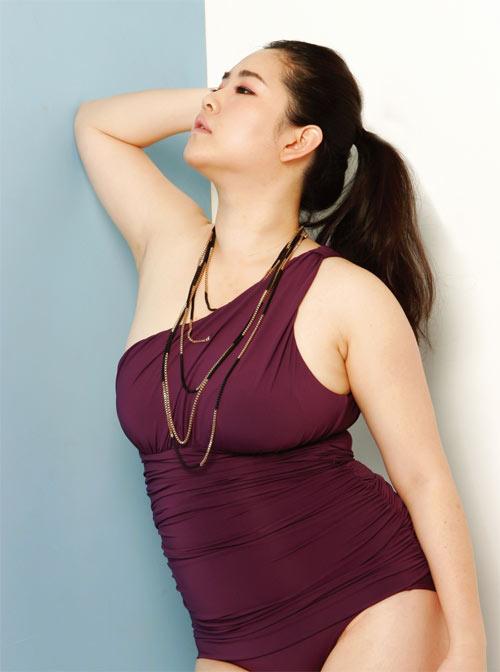 Vẻ đẹp siêu sexy của nàng mẫu béo duy nhất Hàn Quốc - 3