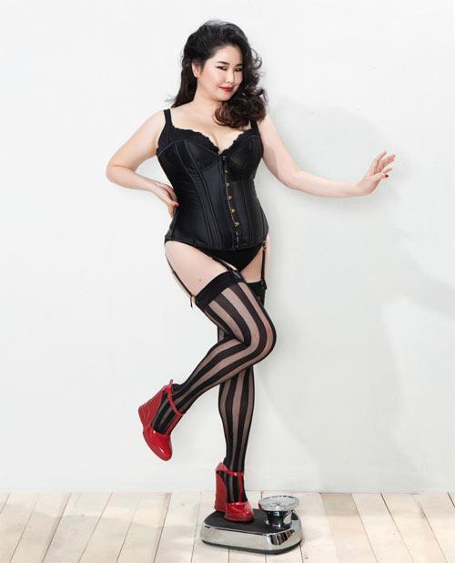 Vẻ đẹp siêu sexy của nàng mẫu béo duy nhất Hàn Quốc - 6