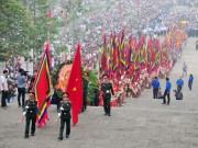 Video An ninh - Clip: Hàng triệu người ùn ùn kéo về dự lễ hội đền Hùng
