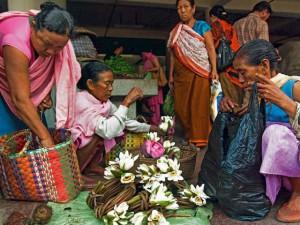 Kỳ lạ khu chợ cổ 500 tuổi do đàn bà thống trị