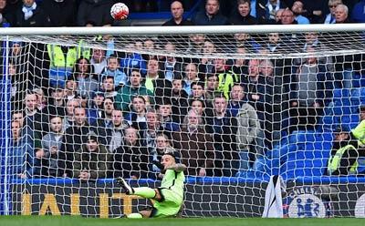 Chi tiết Chelsea - Man City: Aguero lập hat-trick (KT) - 4