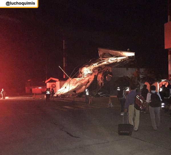 Động đất khiến 246 người chết, 2500 người bị thương ở Ecuador - 4