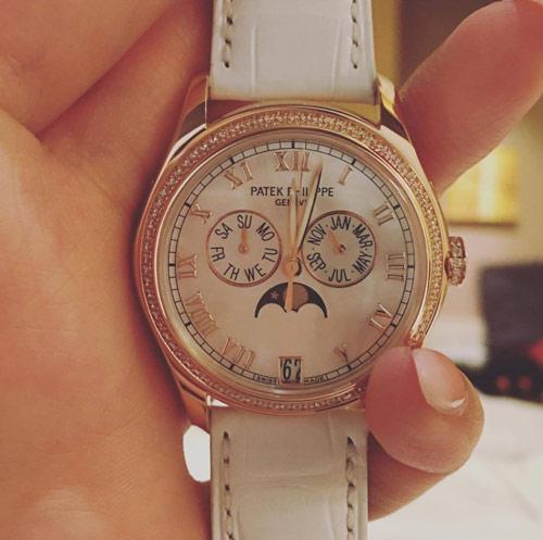 Mai Phương Thúy gây chú ý với đồng hồ 1,5 tỷ - 3