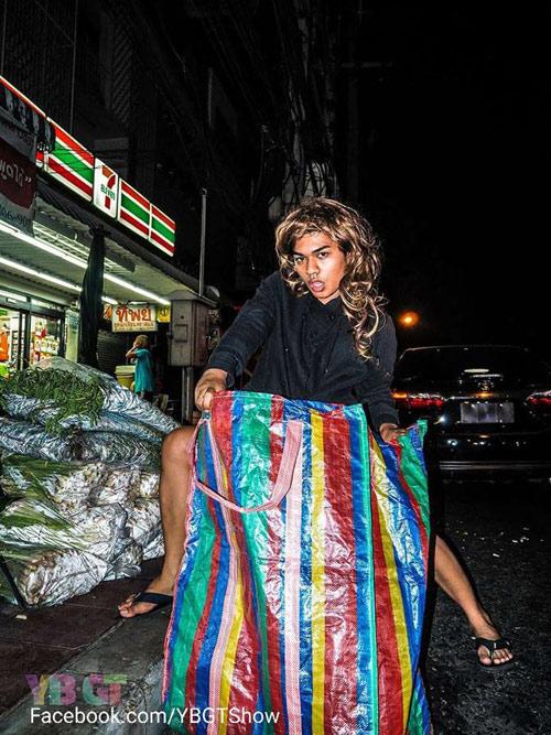 Chết cười xem dân Thái so đồ hiệu với hàng chợ giá bèo - 3