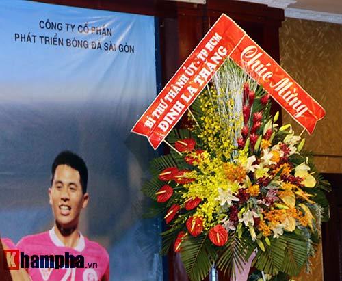 Bí thư Đinh La Thăng chúc mừng CLB Sài Gòn - 3