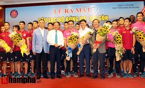 Bí thư Đinh La Thăng chúc mừng CLB Sài Gòn - 8