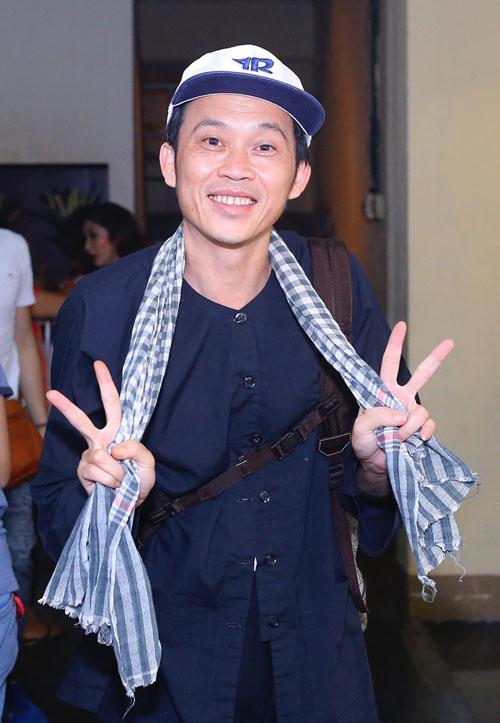 """Phi Nhung chăm sóc """"tình nhân âm nhạc"""" Mạnh Quỳnh - 10"""