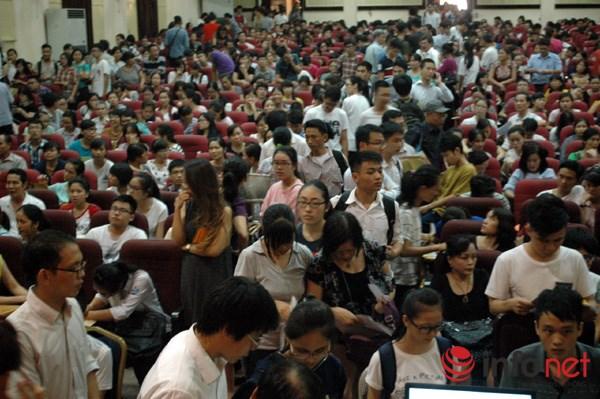 Bộ trưởng Bộ GD&ĐT nên để các trường đại học tự chủ tuyển sinh - 2