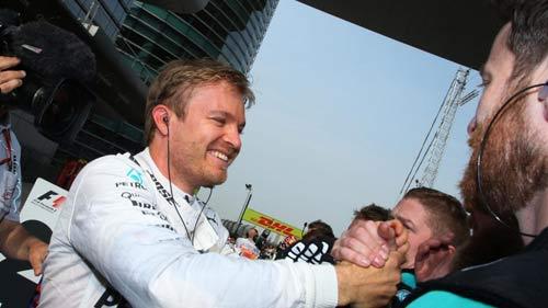 F1 - Chinese GP: Kẻ liều thì được nhiều - 1
