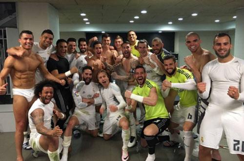 Barca thua trận, Neymar tát cầu thủ Valencia - 3